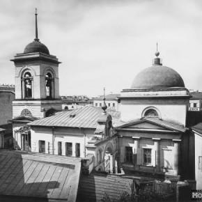 Церковь Живоначальной Троицы, что в Полях