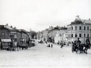 Угол Пречистенки и Остоженки. 1910.